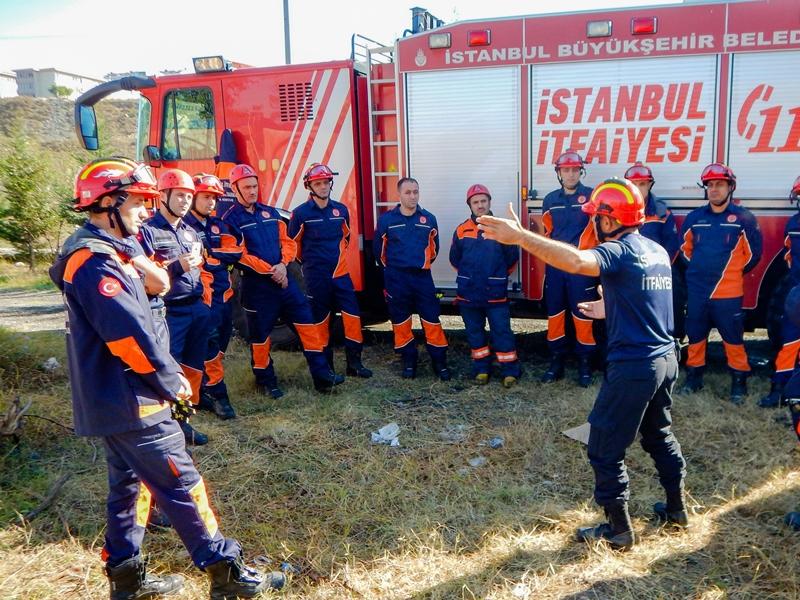 Hizmet içi eğitimlerimiz devam ediyor - Haberler - İstanbul İtfaiyesi