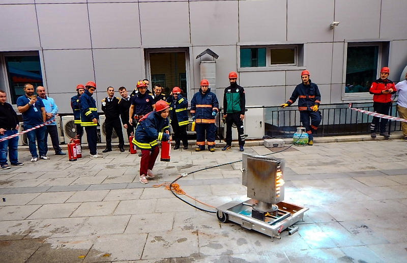Esenler Kadın Doğum ve Çocuk Hastalıkları Hastanesinde yangın tatbikatı gerçekleştirdik - Haberler - İstanbul İtfaiyesi