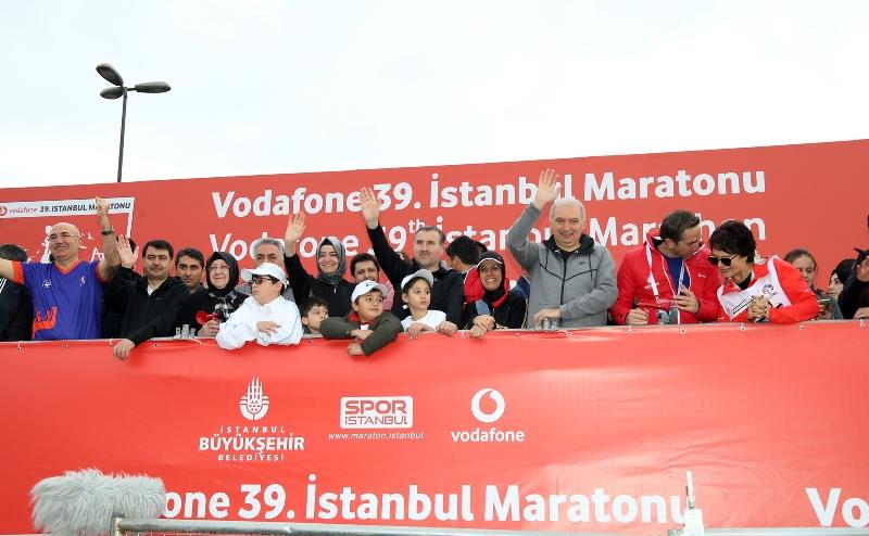 39.İstanbul Maratonu başladı - Haberler - İstanbul İtfaiyesi