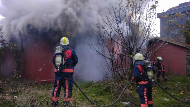 Arnavutköyde ikametgah yangını - Haberler - İstanbul İtfaiyesi