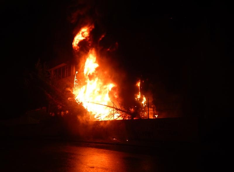 Çekmeköyde iş yeri yangını - Haberler - İstanbul İtfaiyesi
