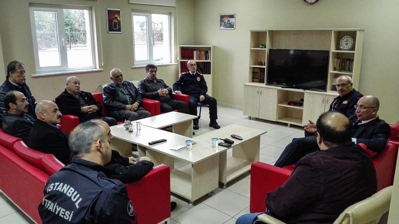 Gönüllü İtfaiyecilerimiz ile istişare toplantısı gerçekleştirdik - Haberler - İstanbul İtfaiyesi