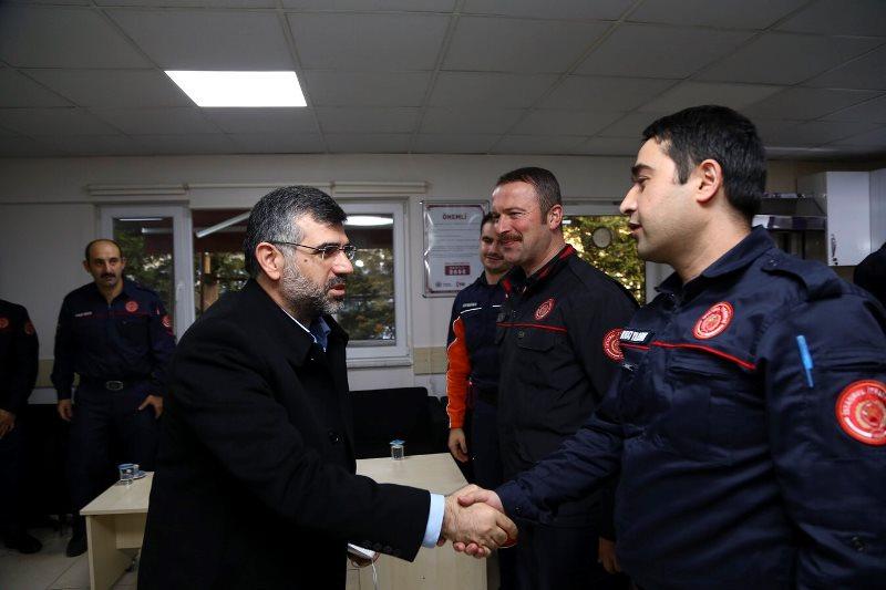 Sultanbeyli belediye başkanı Sultanbeyli İtfaiye grubumuzu ziyaret etti - Haberler - İstanbul İtfaiyesi