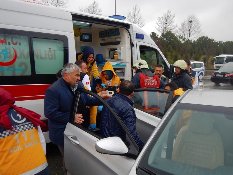 Başakşehirde trafik kazası - Haberler - İstanbul İtfaiyesi