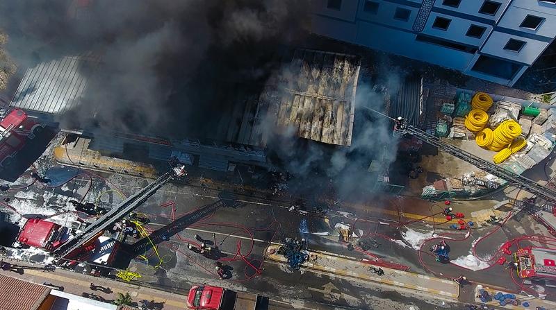 Pendikte iş yeri yangını - Haberler - İstanbul İtfaiyesi