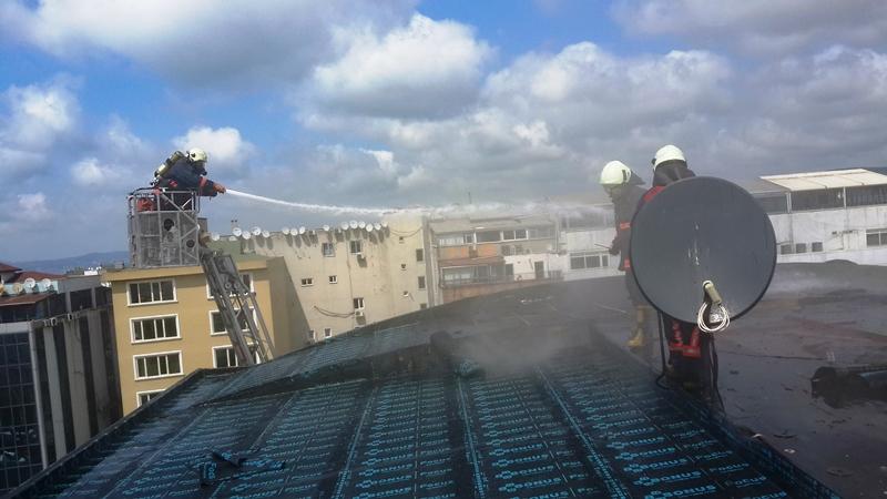 Beykozda çatı yangını - Haberler - İstanbul İtfaiyesi