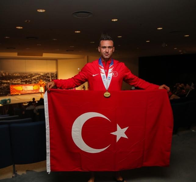 İstanbul İtfaiyesi madalyaları toplamaya devam ediyor - Haberler - İstanbul İtfaiyesi