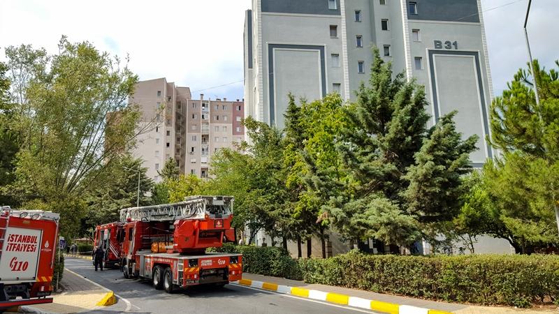 Beylikdüzüde daire yangını - Haberler - İstanbul İtfaiyesi