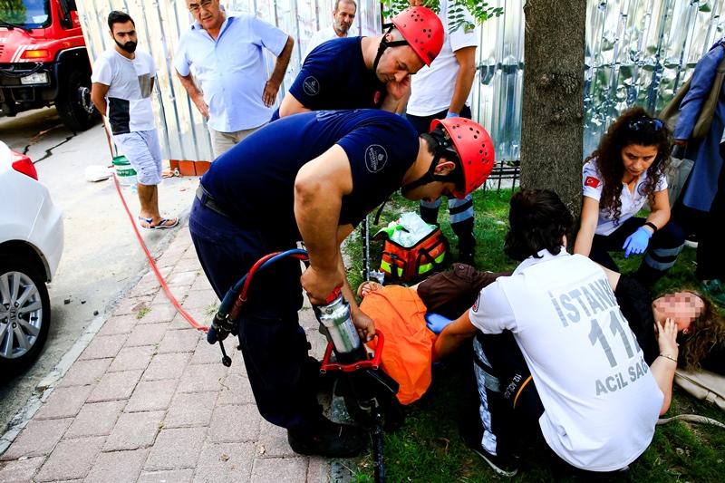 Demir korkuluklara bacağı sıkışan vatandaşımızı kurtardık - Haberler - İstanbul İtfaiyesi