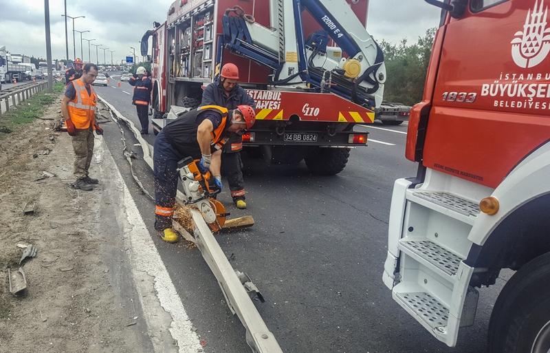 Çatalcada trafik kazası - Haberler - İstanbul İtfaiyesi