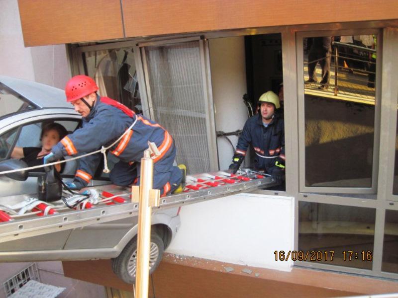 Beşiktaşta trafik kazası - Haberler - İstanbul İtfaiyesi