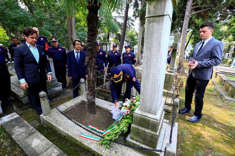 Szecheny Paşa mezarı başında anıldı - Haberler - İstanbul İtfaiyesi