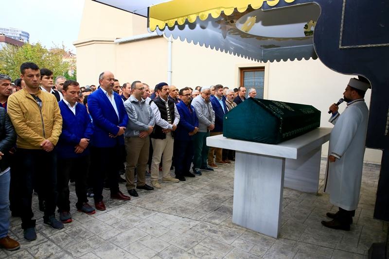 Mehmet CİVİL'i dualarla son yolculuğuna uğurladık - Haberler - İstanbul İtfaiyesi