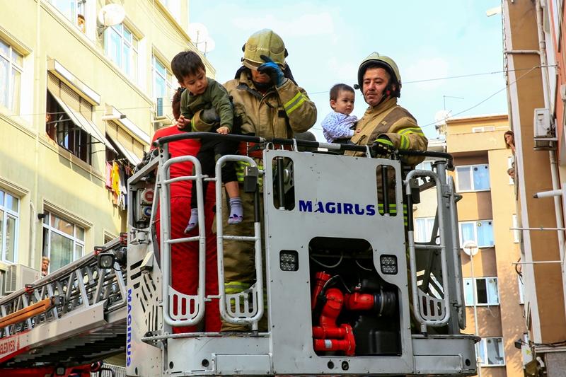 Cerrahpaşada ikametgah yangını - Haberler - İstanbul İtfaiyesi