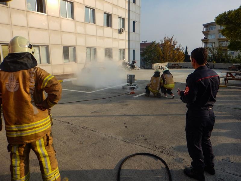 Avcılar Ağız ve Diş Sağlığı Merkezinde yangın tatbikatı gerçekleştirdik - Haberler - İstanbul İtfaiyesi