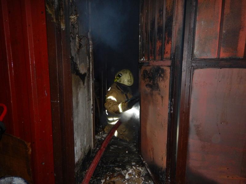 Seyrantepede depo yangını - Haberler - İstanbul İtfaiyesi