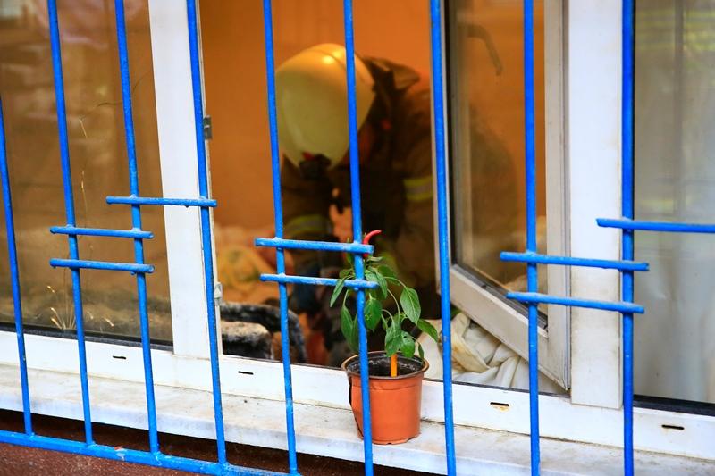Karagümrükte daire yangını - Haberler - İstanbul İtfaiyesi