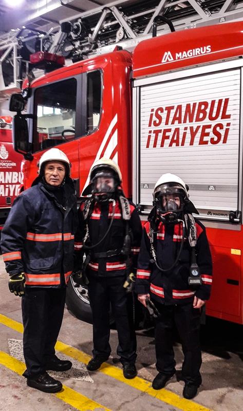 Geleceğin itfaiyecilerini misafir ettik - Haberler - İstanbul İtfaiyesi