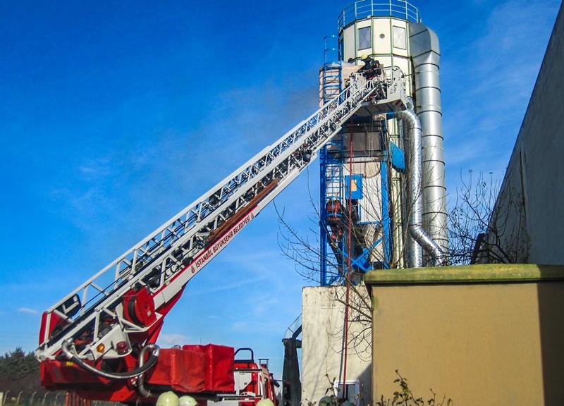 Silivride fabrika yangını - Haberler - İstanbul İtfaiyesi
