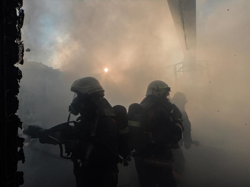 Avcılarda konteyner yangını - Haberler - İstanbul İtfaiyesi
