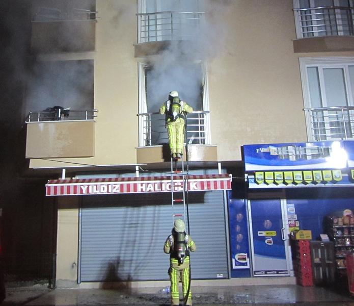 Tuzlada ikametgah yangını - Haberler - İstanbul İtfaiyesi