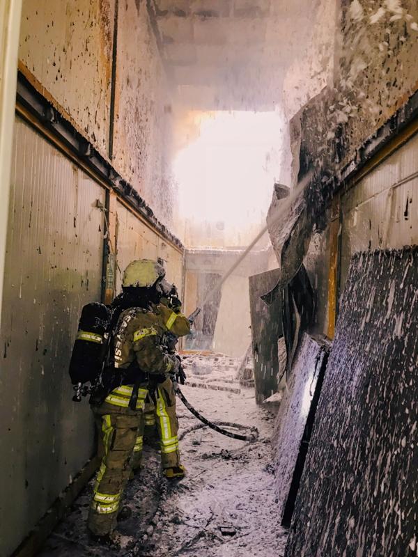 Şişlide konteyner yangını - Haberler - İstanbul İtfaiyesi