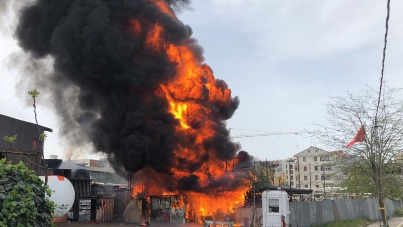 Sancaktepede iş yeri yangını - Haberler - İstanbul İtfaiyesi