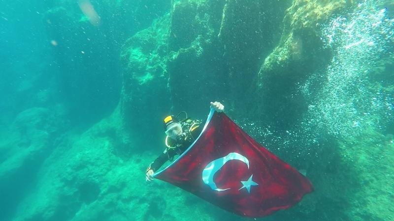 İBB İtfaiye Su Altı Arama Kurtarma (İSAK) ekipleri her zaman ve her yerde - Haberler - İstanbul İtfaiyesi