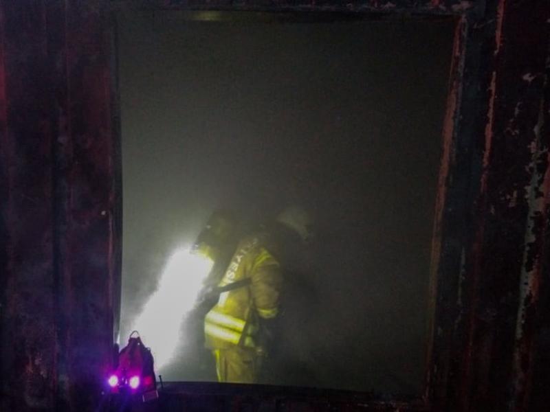Sultanbeylide konteyner yangını - Haberler - İstanbul İtfaiyesi