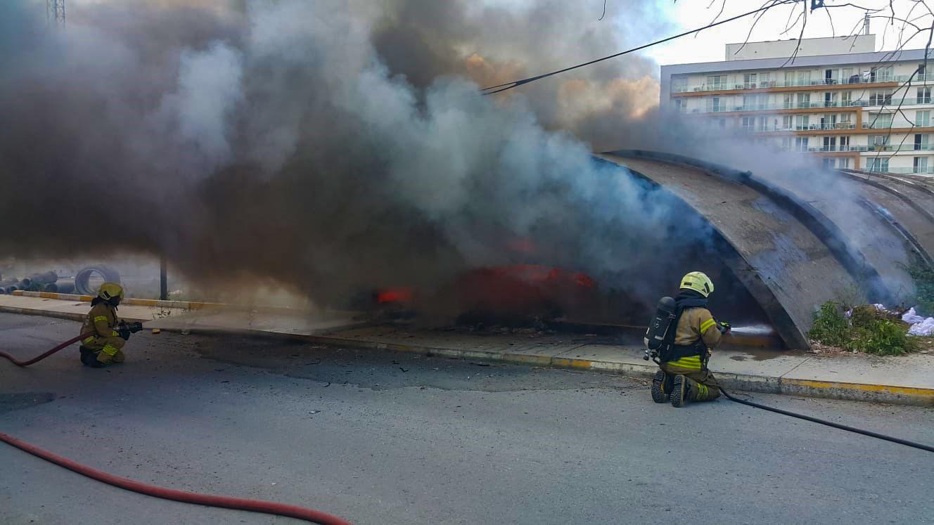 Halkalıda hurdalık yangını - Haberler - İstanbul İtfaiyesi