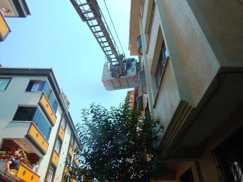 Kocasinanda daire yangını - Haberler - İstanbul İtfaiyesi