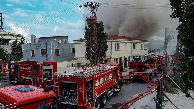 Avcılarda fabrika yangını - Haberler - İstanbul İtfaiyesi