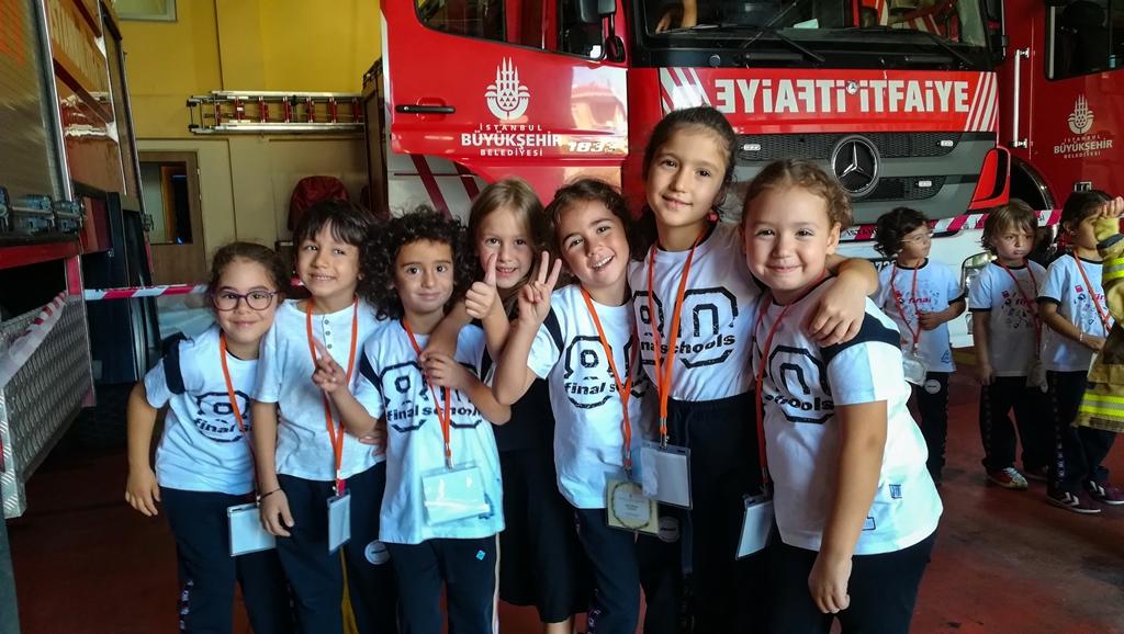 Anaokulu öğrencileri Kayışdağı itfaiye grubumuzu ziyaret etti - Haberler - İstanbul İtfaiyesi
