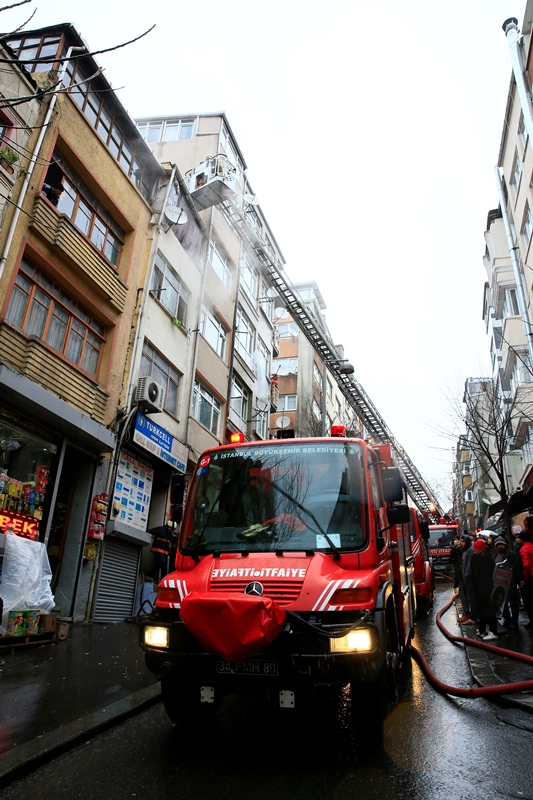 Dwelling fire in Fatih - News - Istanbul Fire Department