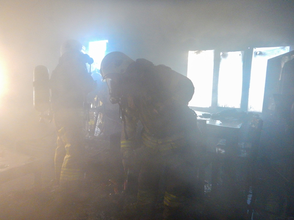 Beylikdüzünde daire yangını - Haberler - İstanbul İtfaiyesi