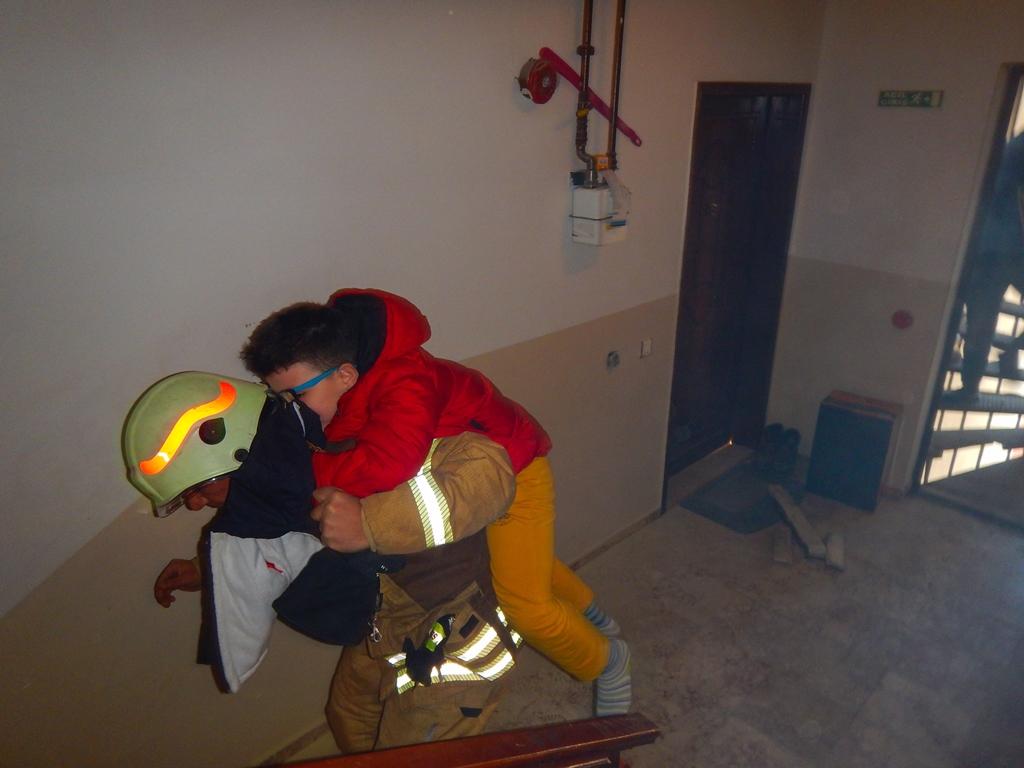 Flat fire in Beylikdüzü - News - Istanbul Fire Department