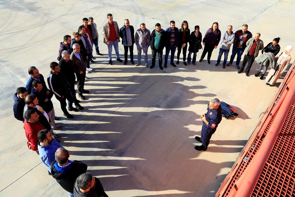 Yangın güvenlik eğitimlerimiz ve söndürme tatbikatları devam ediyor - Haberler - İstanbul İtfaiyesi