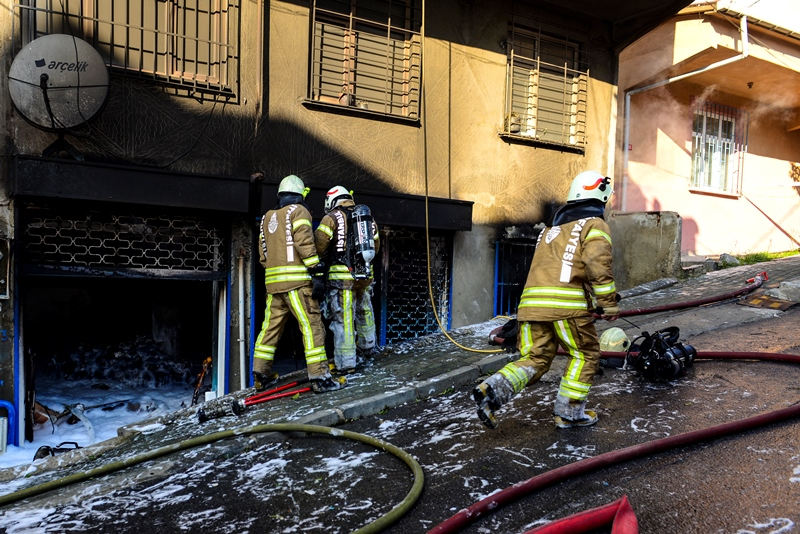 Workplace fire in Avcılar - News - Istanbul Fire Department