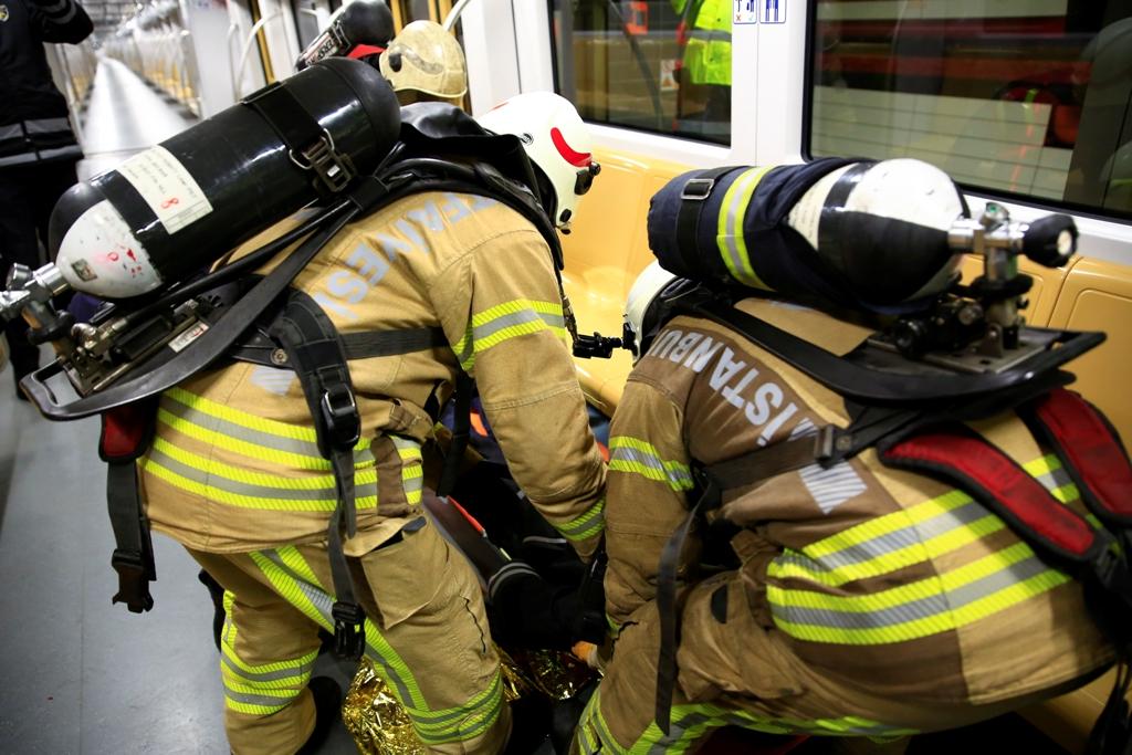 Metro İstanbulda yangın tatbikatı gerçekleştirdik - Haberler - İstanbul İtfaiyesi
