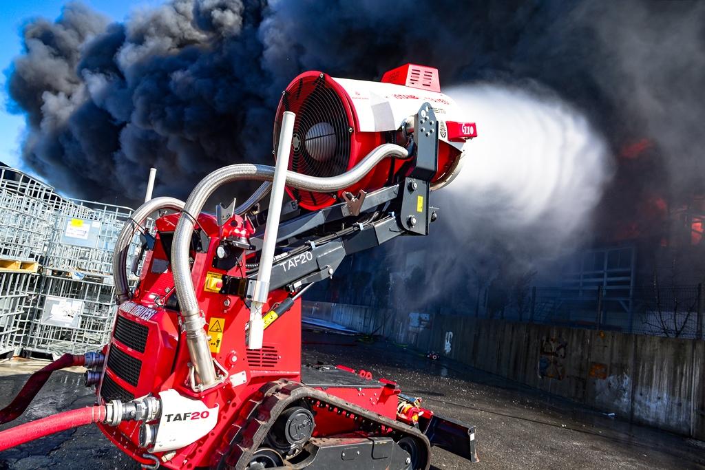 Hadımköyde fabrika yangını - Haberler - İstanbul İtfaiyesi