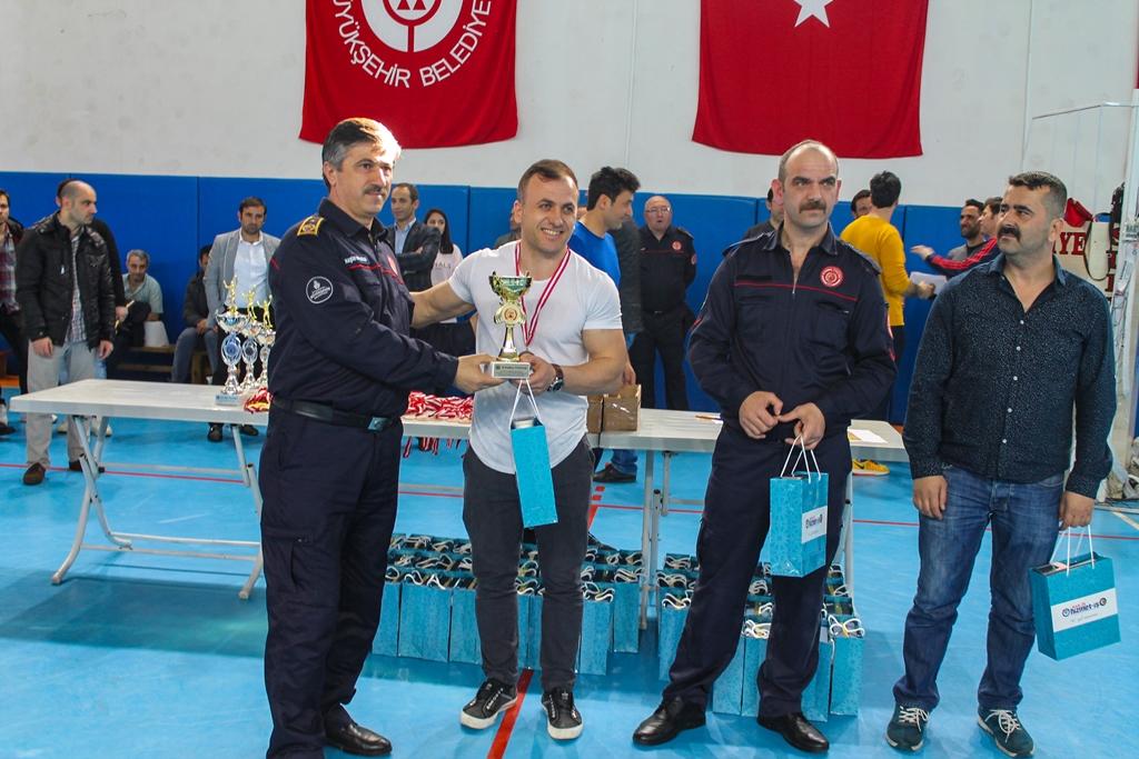Anadolu Yakası İtfaiye Müdürlüğü 2019 Yılı Spor Turnuvalarında kupalar sahiplerini buldu - Haberler - İstanbul İtfaiyesi