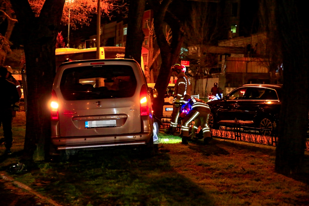 Fatihte trafik kazası - Haberler - İstanbul İtfaiyesi