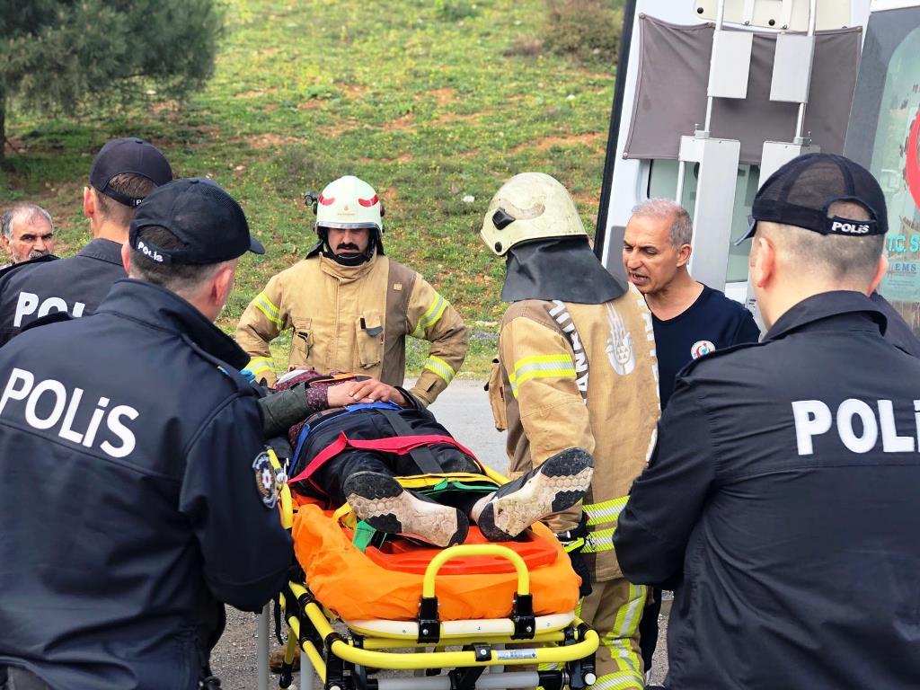 Sultanbeylide insan kurtarma - Haberler - İstanbul İtfaiyesi