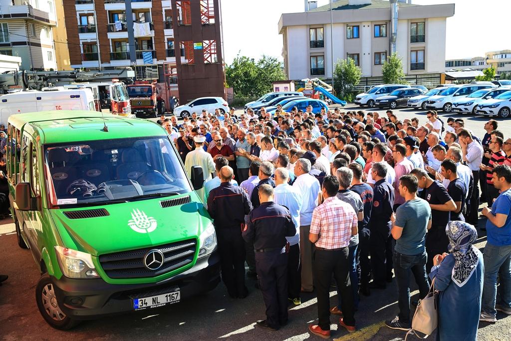 Teşkilatımızın Başı Sağolsun - Haberler - İstanbul İtfaiyesi
