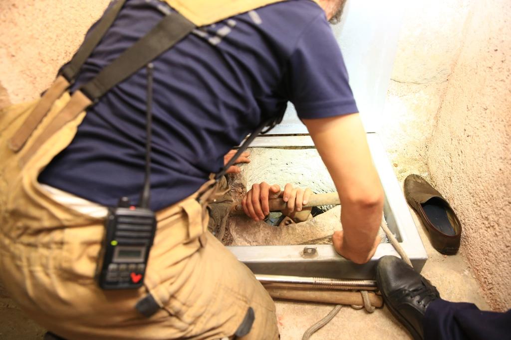 Fatihte insan kurtarma - Haberler - İstanbul İtfaiyesi