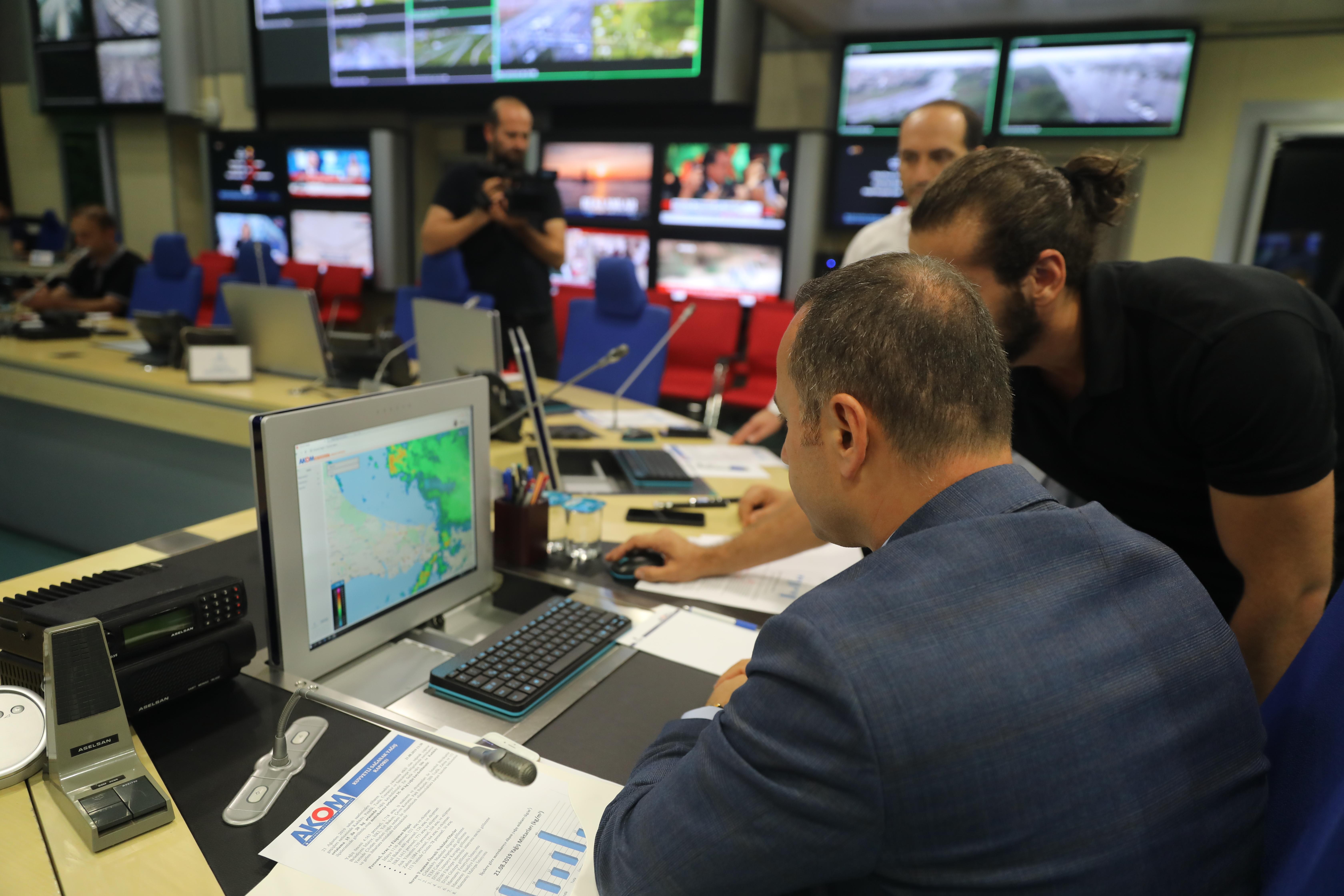 Murat Yazıcı: We monitor Istanbul 24/7 from AKOM - News - Istanbul Fire Department