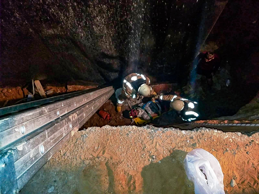 Human rescue operation in Şile  - News - Istanbul Fire Department