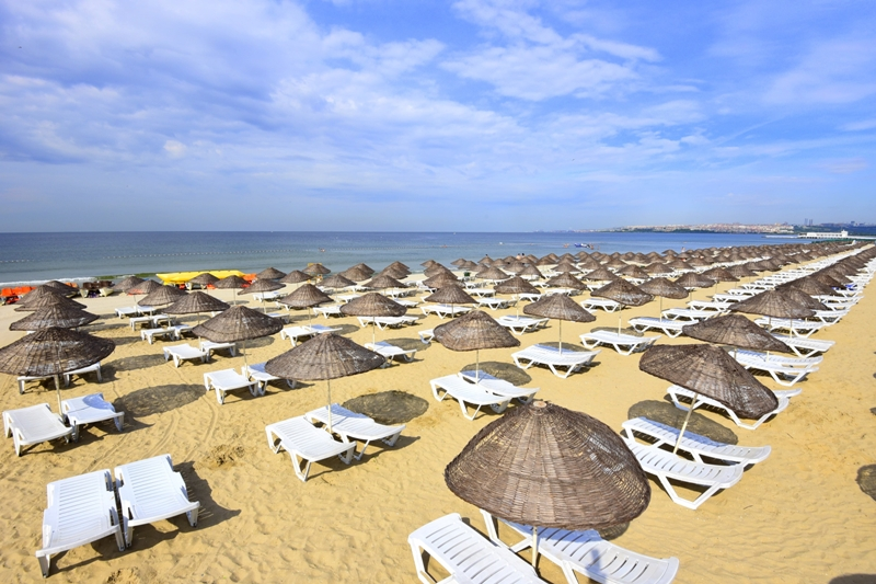 More than 1.5 million people benefited from IMM Beaches - News - Istanbul Fire Department