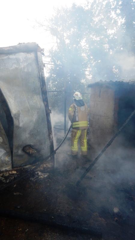 Çekmeköyde baraka yangını - Haberler - İstanbul İtfaiyesi