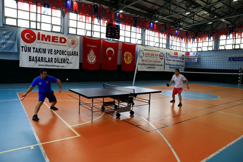 Geleneksel İtfaiye Spor Müsabakalarında kupalar sahiplerini buldu - Haberler - İstanbul İtfaiyesi